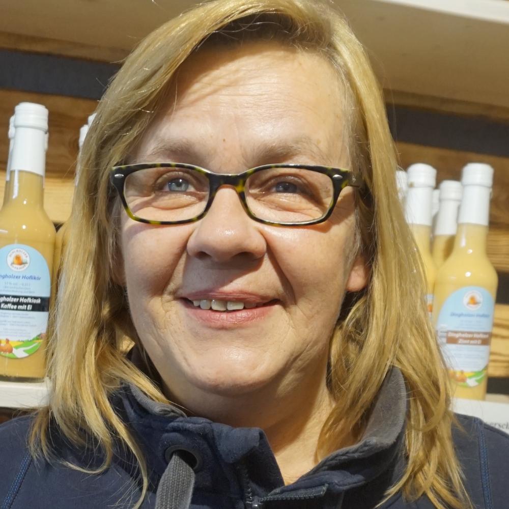 Brigitte Aust vom Dingholzer Hofkiosk
